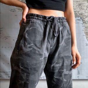 Aritzia camo pants
